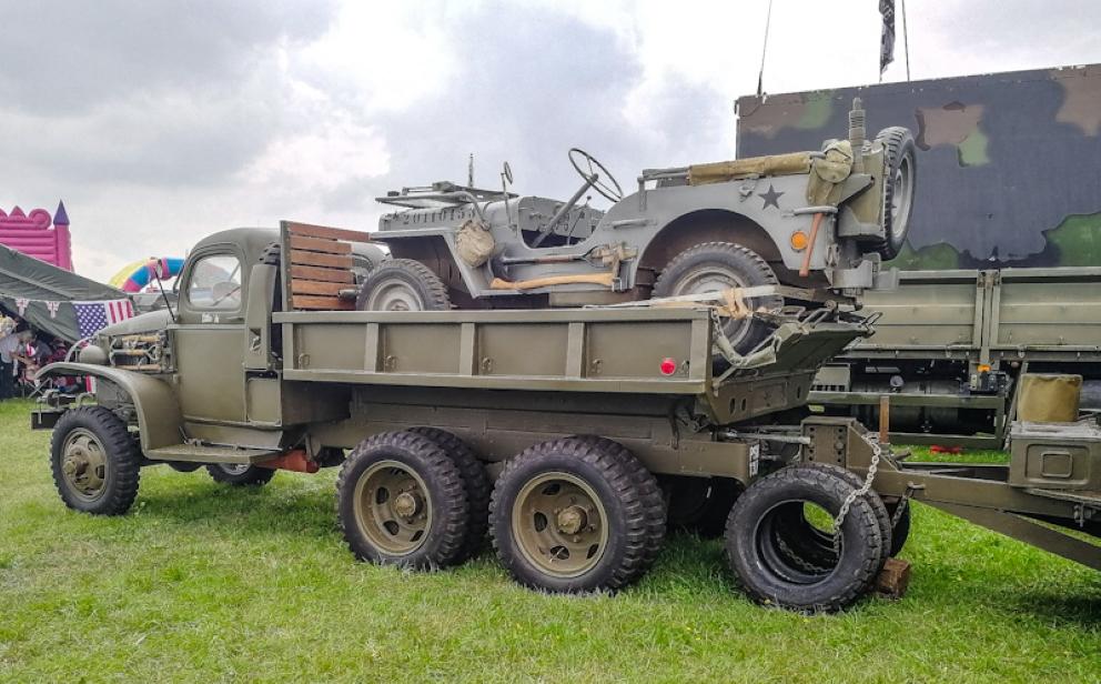 Gloucestershire Vintage & Country Extravaganza -Trucks (24) (Custom).jpg