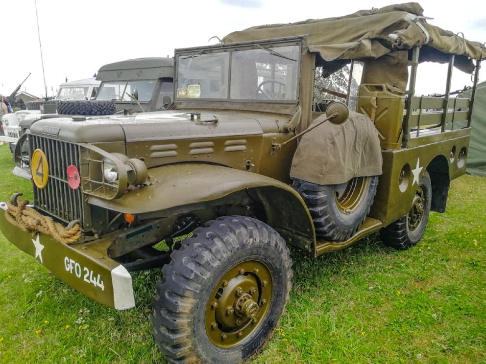 Gloucestershire Vintage & Country Extravaganza -Trucks (27) (Custom).jpg
