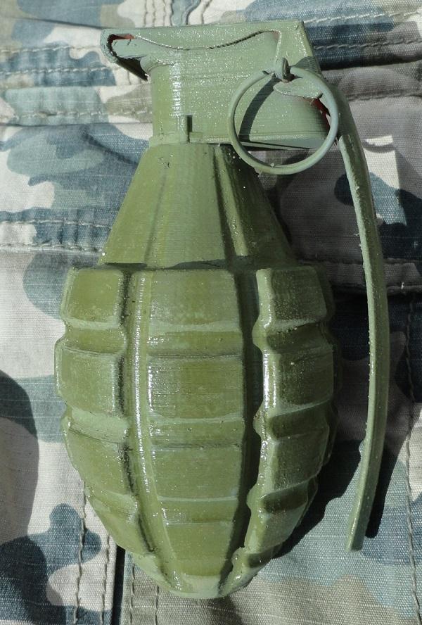 grenade final c.jpg