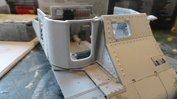 gun mounting fitted front.jpg