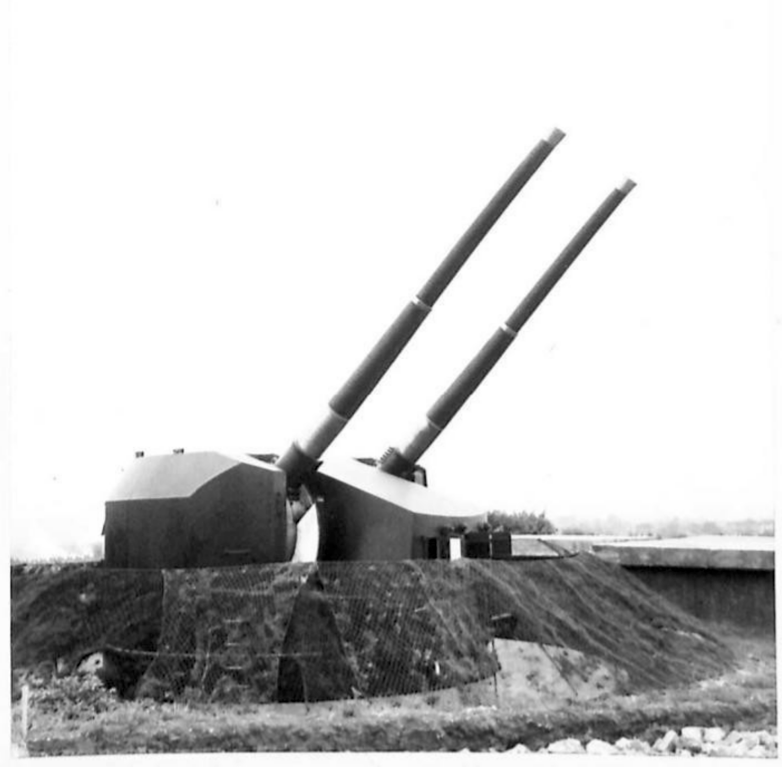 H 32360 Twin Turret.png