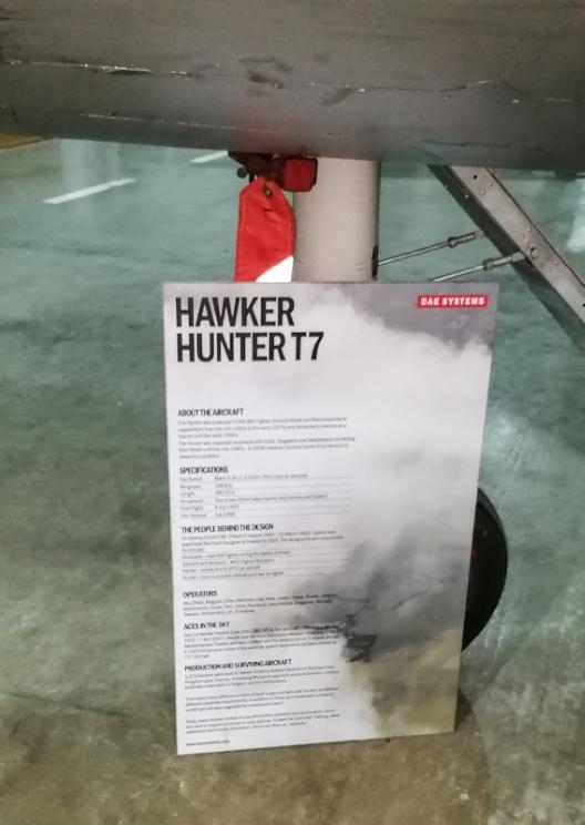 Hawker Hunter T7 (2) (Custom).jpg