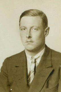 hollingdrake-h-1927.jpg