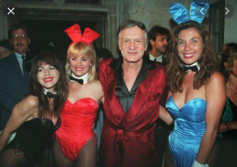 Hugh Hefner and Bunnies.JPG