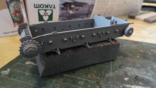 hull in grey primer b.jpg