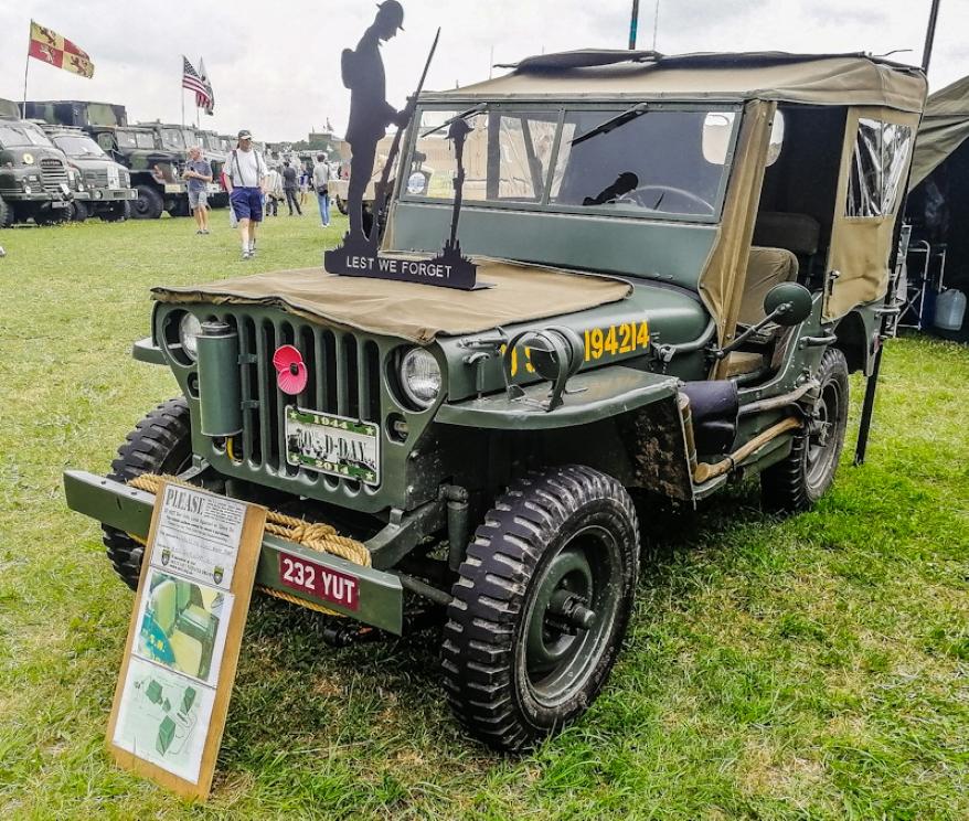 Jeeps (3)_edited (Custom).jpg