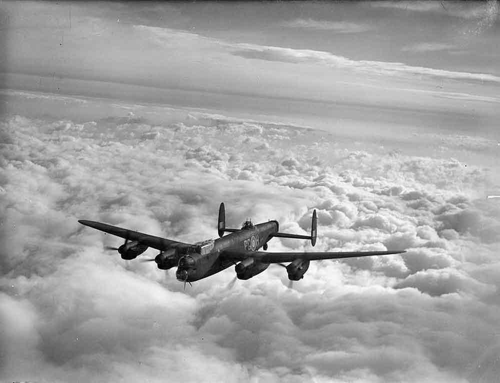 Lancaster-in-flight.jpg