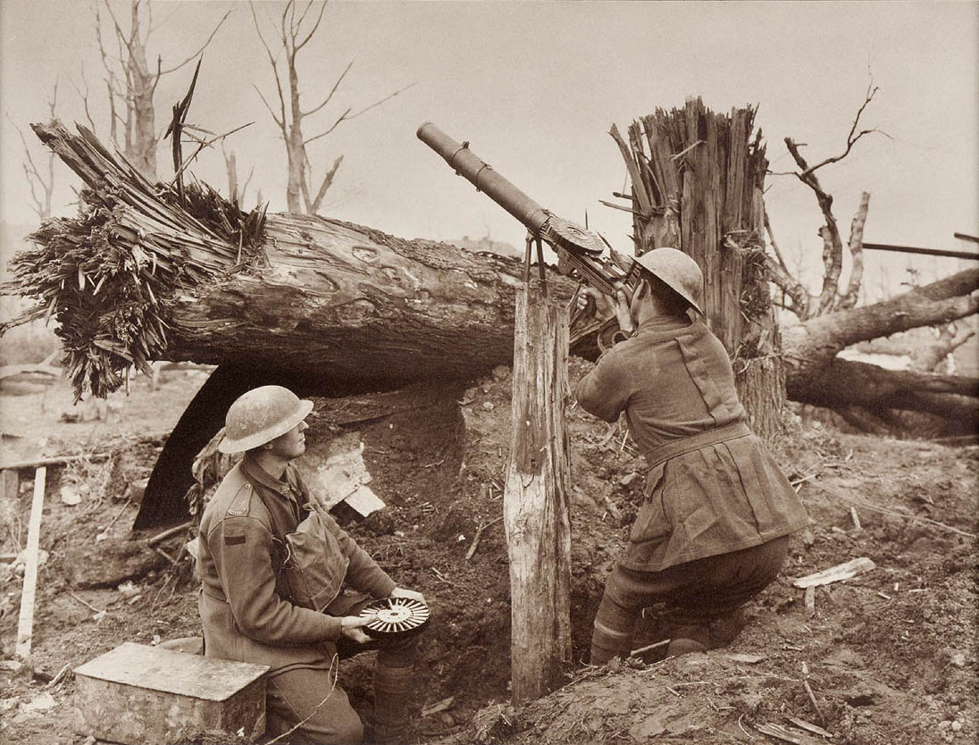Lewis_gun_world_war_I.jpg