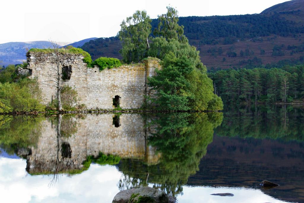 Loch-An-Eilean-c.jpg