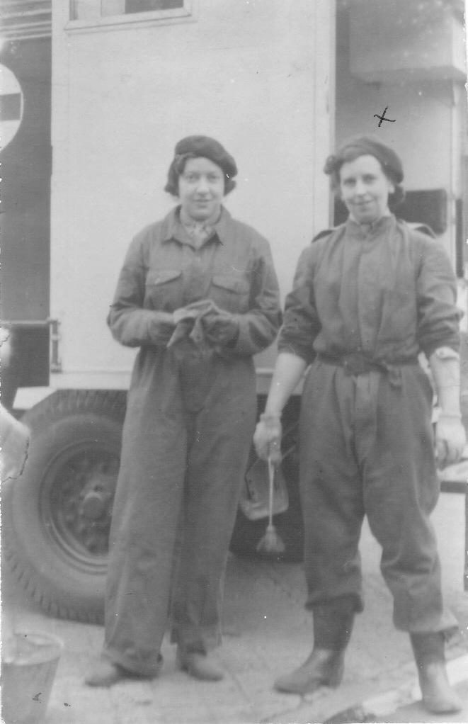 Marjorie Emerson 1942.jpg
