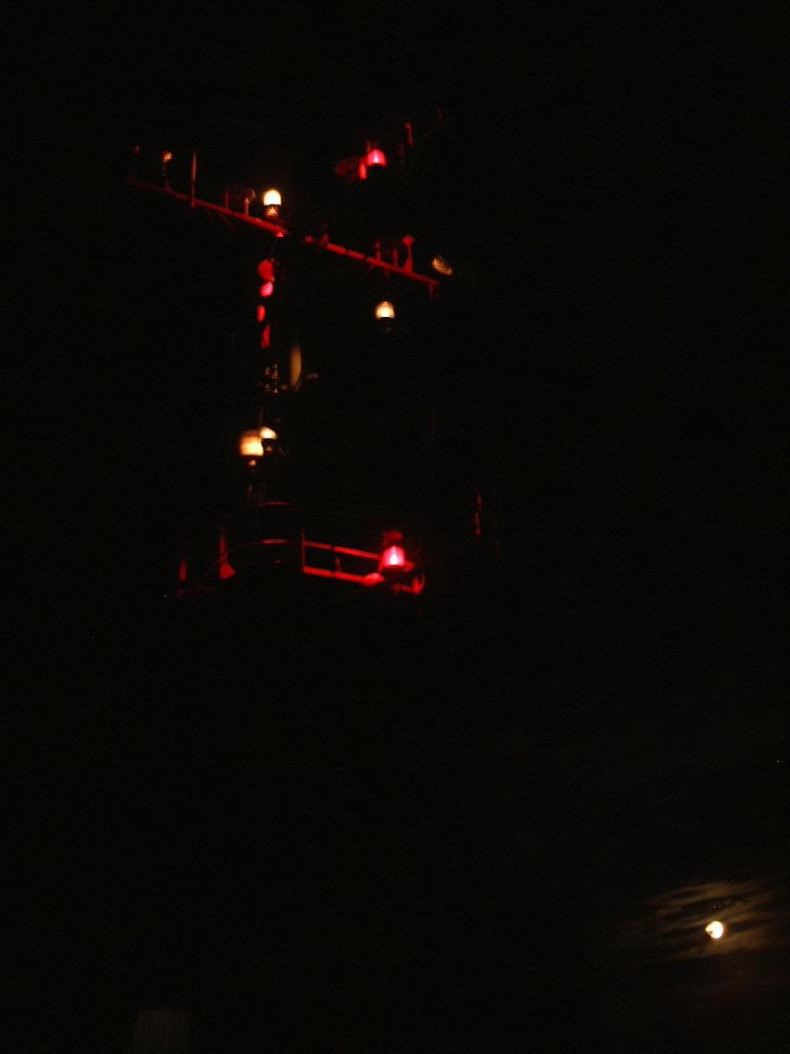 Mast at night01.jpg