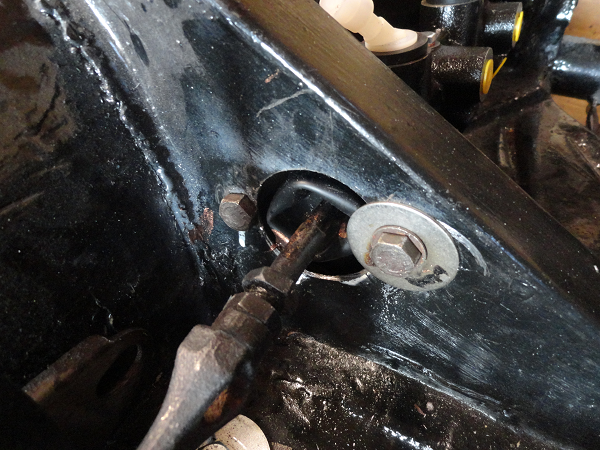 master cylinder fitted cu.png