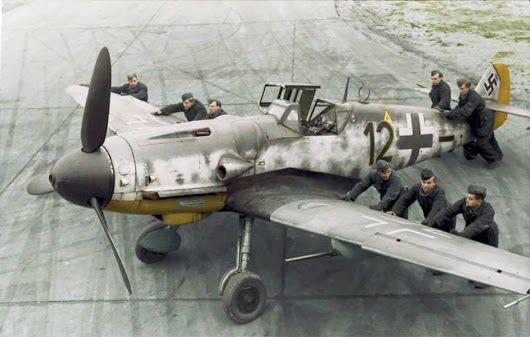 Messerschmitt Bf-109 G6-R6 5.Jagdgeschwader 2 (Schwarze 12) WNr 27083 DP+JC o....jpg