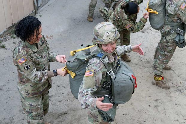 mil-all-female-jump-army-1800.jpg