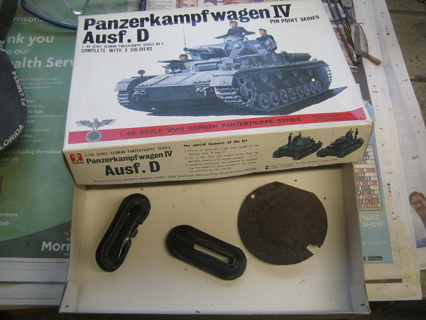 panzer box for small bits.png