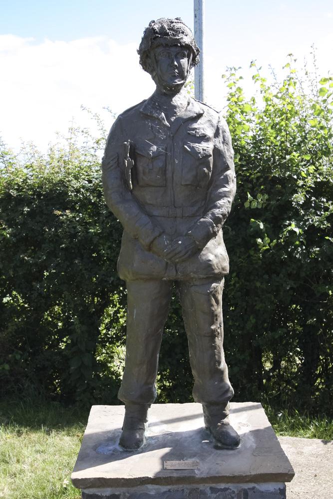Paulton Double Hills Memorial.jpg