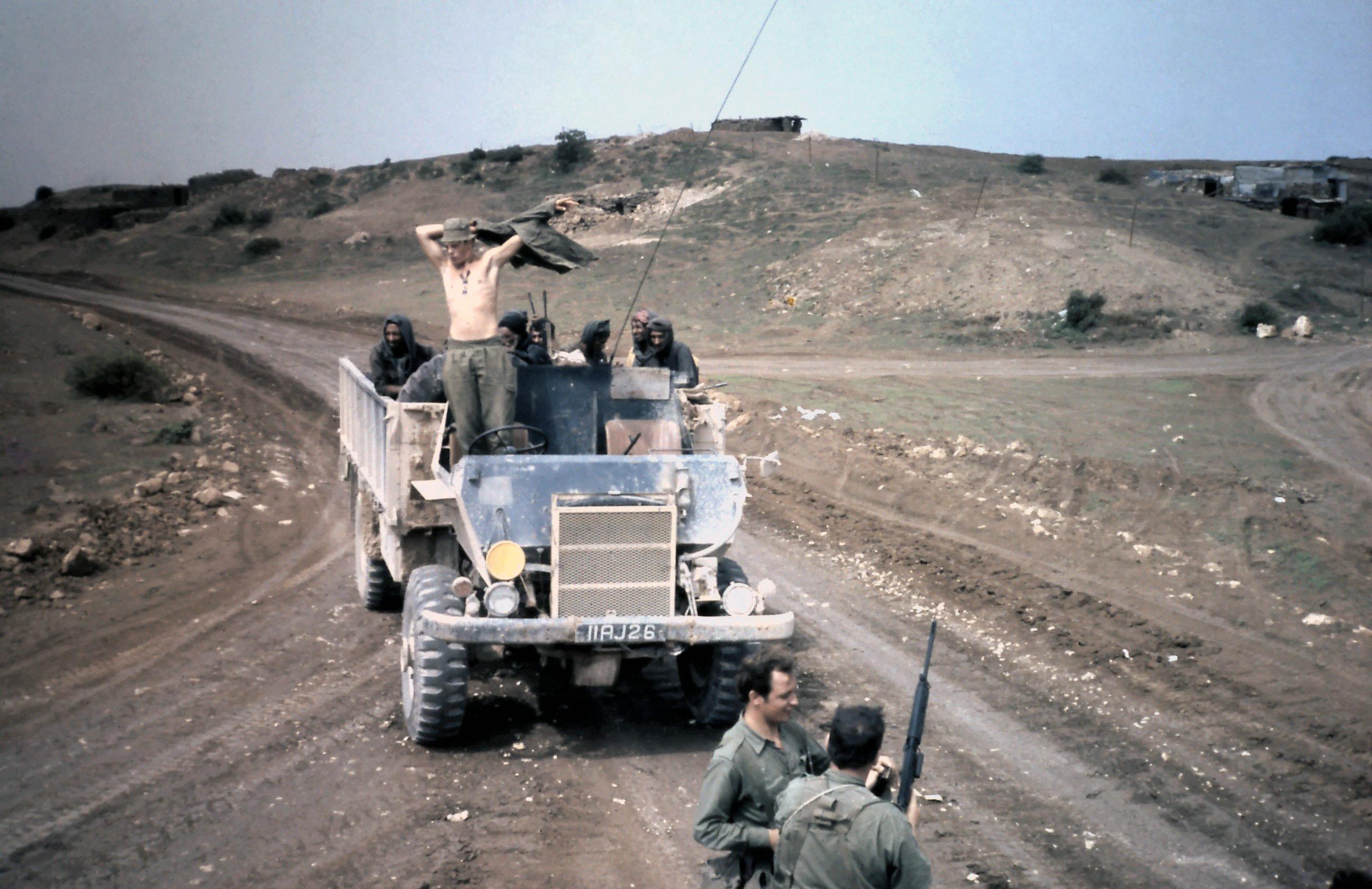 Point 825 armoured mess tin.jpg