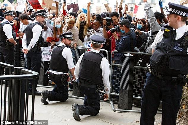 police-kneel-one.jpg