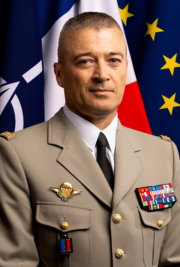 portrait-general-d-armee-thierry-burkhard.jpg