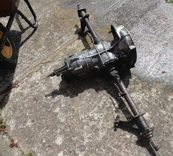 pressure washing the gearbox c.png