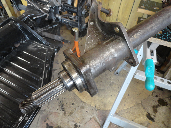 pressure washing the gearbox d.png
