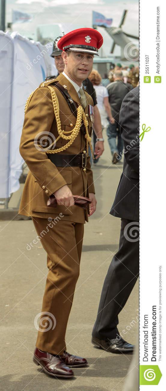 prince-edward-full-dress-uniform-25511037.jpg