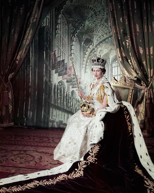 Queen Elizabeth II Coronation Portrait.jpg
