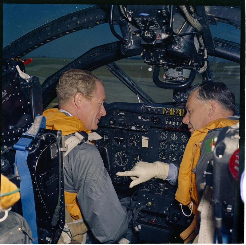 RAF-T-1071.jpg