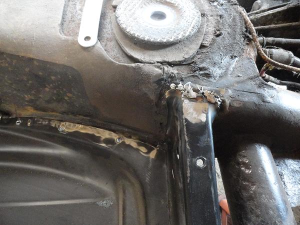 rear of floor, rough weld.png