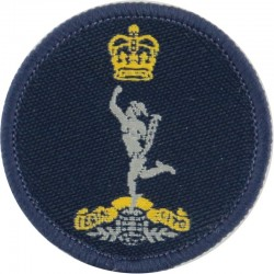 royal-signals-on-blue-circle-queens-crown-woven-other-ranks-cap-badge.jpg