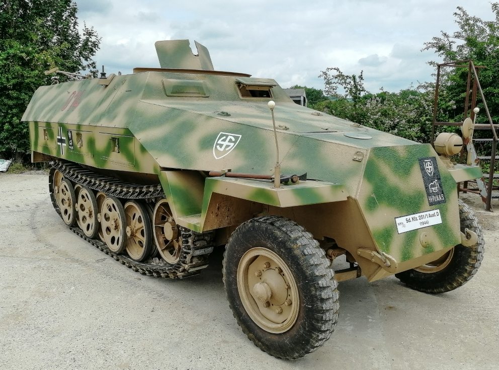 Sdkfz251D (23) (Custom).jpg