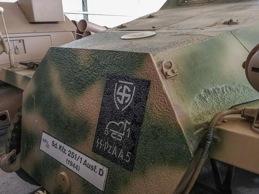Sdkfz251D (5) (Custom).jpg