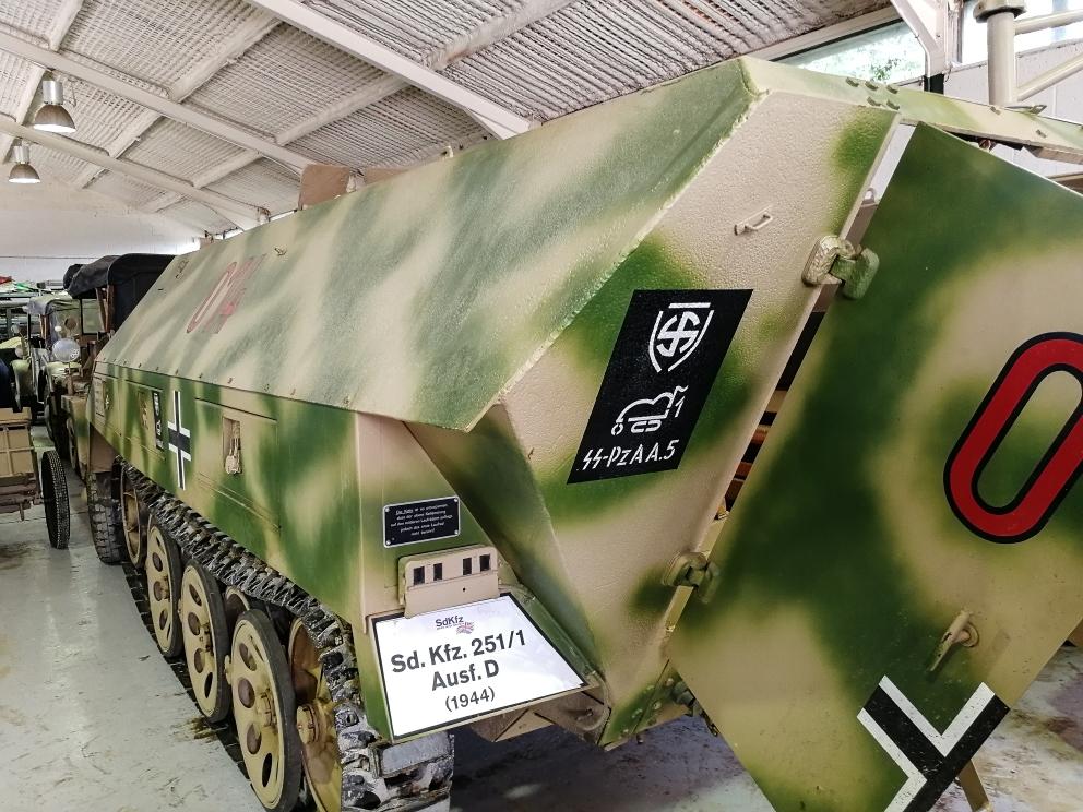 Sdkfz251D (7) (Custom).jpg