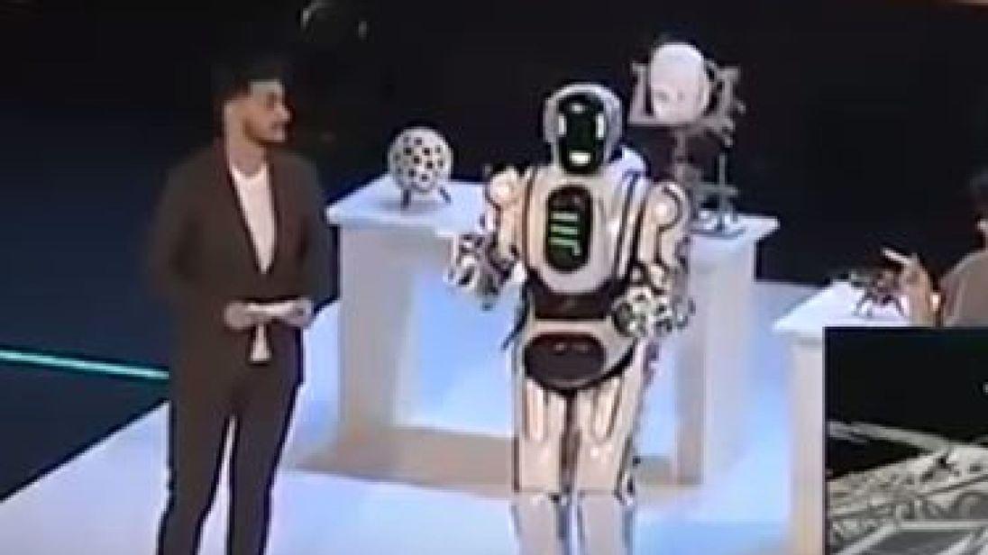 skynews-robot-russia-ai_4517351.jpg