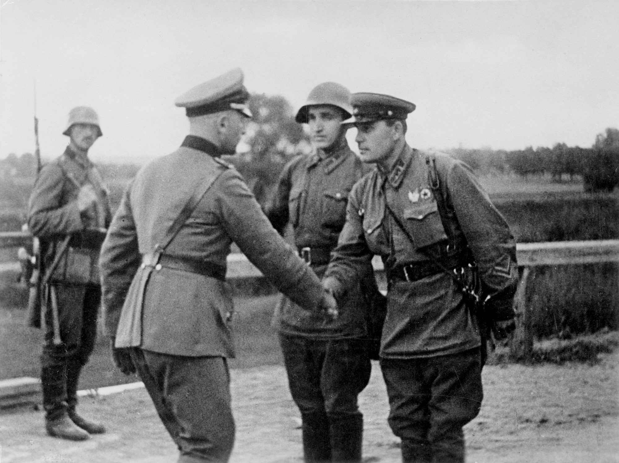 Soviet-Union-started-WW2-on-Hitlers-side.-The-meeting-of-Soviet-and-German-officers-on-the-dem...jpg
