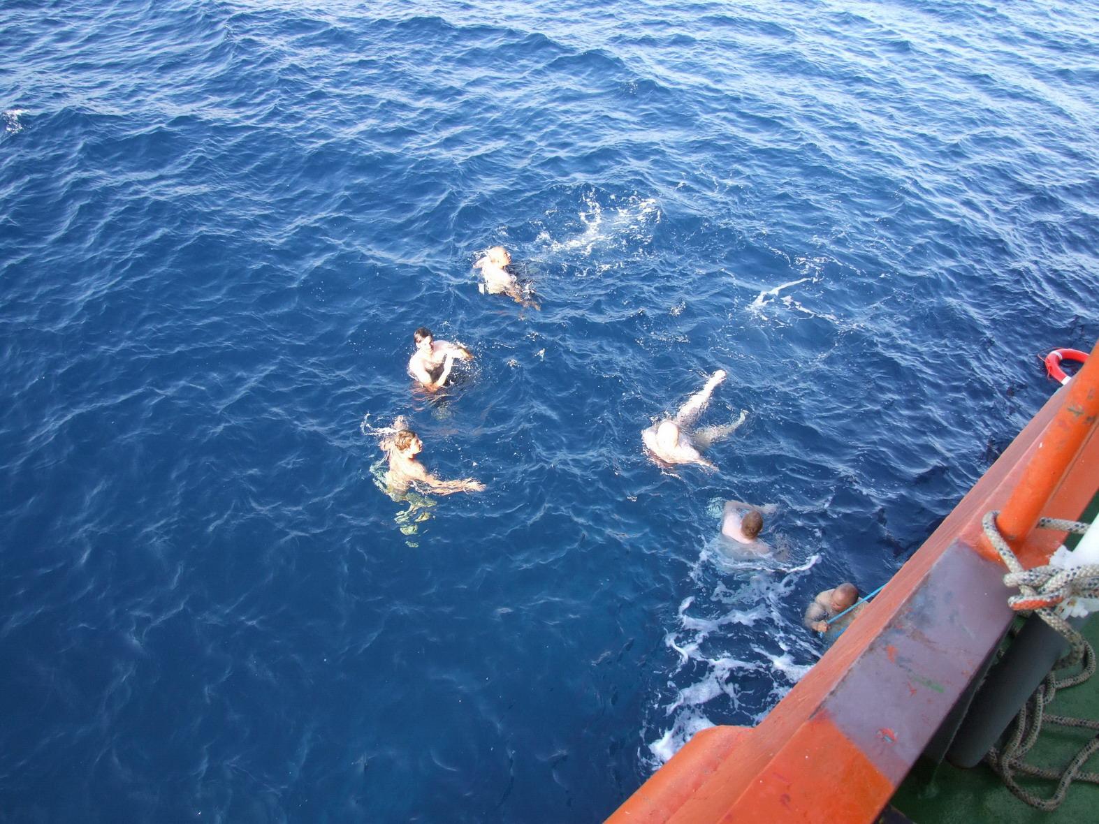 Swimming017.jpg