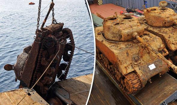 Tanks-underwater-Sherman-828672.jpg