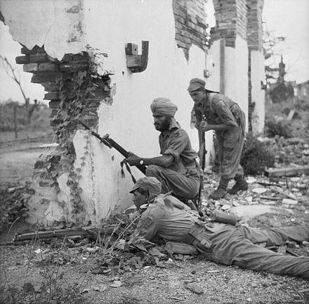 The_British_Army_in_Burma_1945_SE4081.jpg