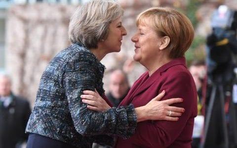 thumbnail_JS114056176_Theresa_May_Merkel.jpg