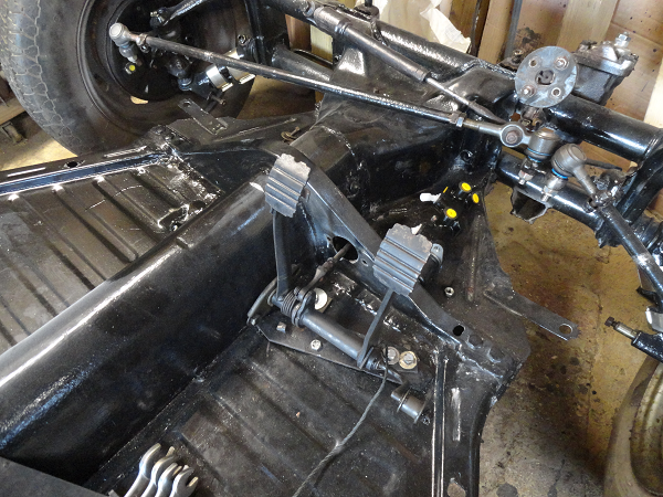 time to fit the new master cylinder.png
