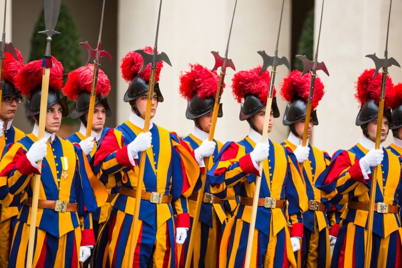 vatican-four-swiss-guards-test-positive-for-covid-19.jpg