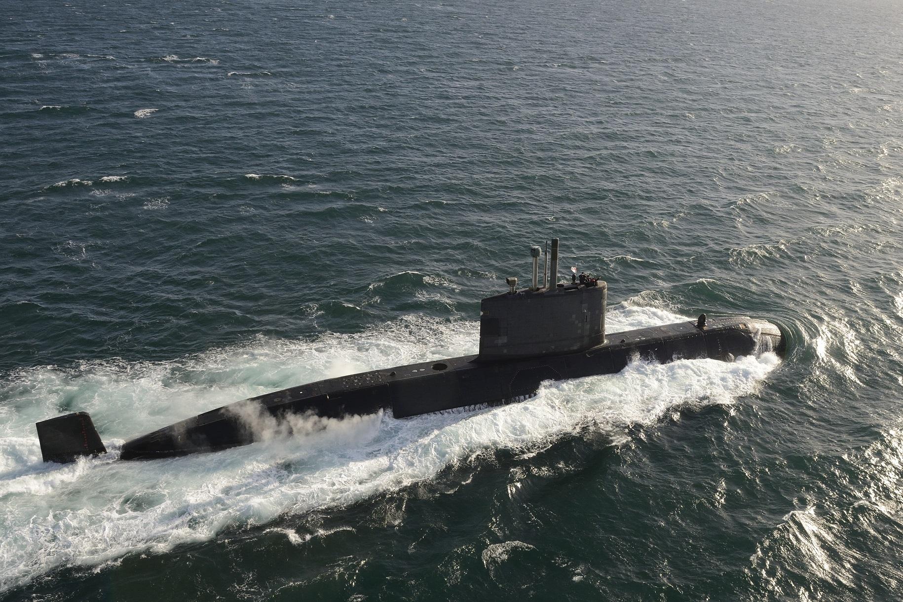 Victoria-class-submarine.jpg