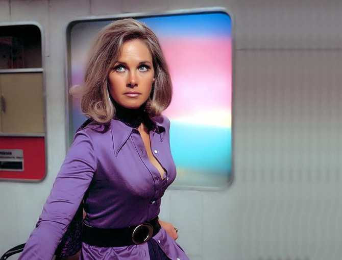 Wanda Ventham Col Virginia Lake.jpg