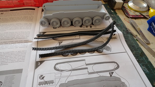 wheels on two piece tracks.jpg