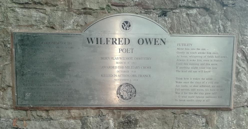 Wilfred Owen Memorial (3).jpg